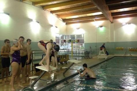 Divers take their mark