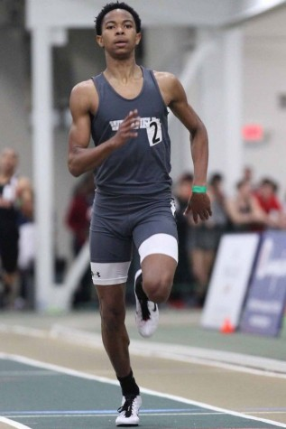 Indoor Track races to win states