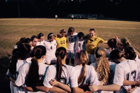 Women's Soccer Team Laces up this Spring Once Again