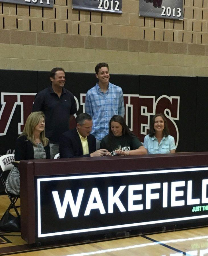 Senior, Susanne Boyden signs to Cal Poly to play tennis.