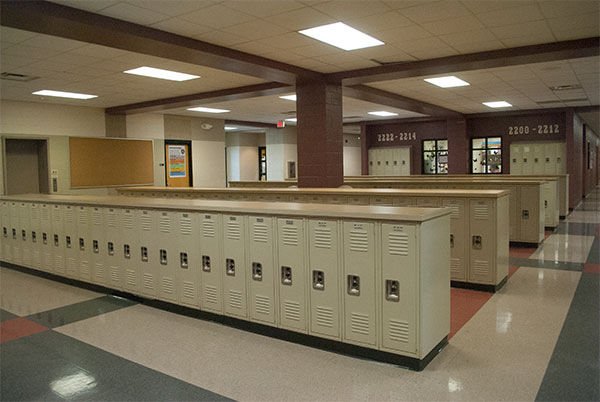 Empty locker bays prove the suspension of Smart Lunch does eliminate the need for crowd control.