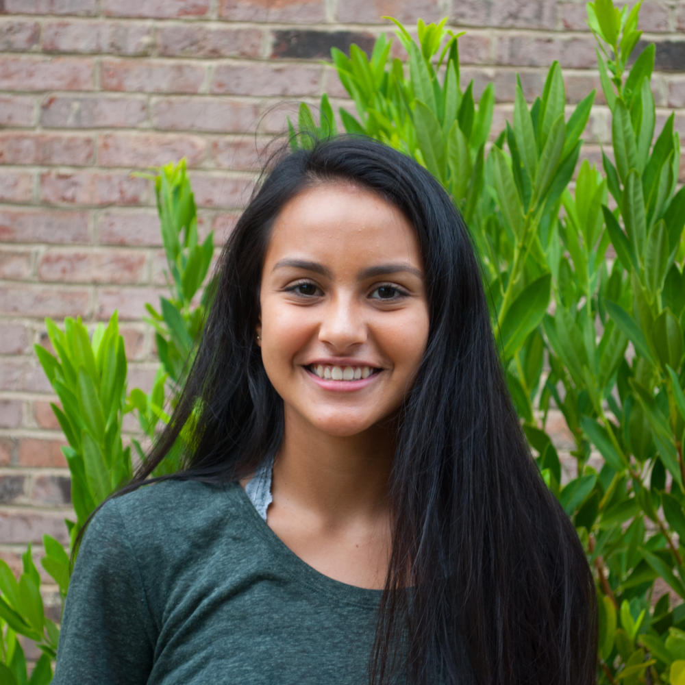 Yasmin Rosa, Staff Writer