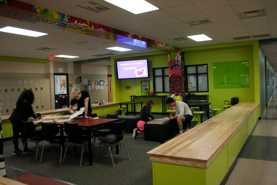 Students take advantage of the new collaborative areas.