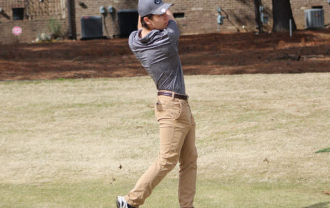 Men's golf swings into a new season