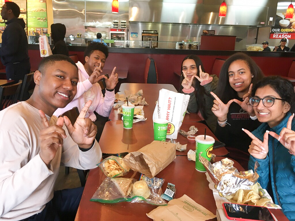 Seniors, Anthony Howard, Priyanka Rai, Tyson Burgess, Fernanda Ramos,  and Trae Smith eat lunch at Moe's for off campus lunch.