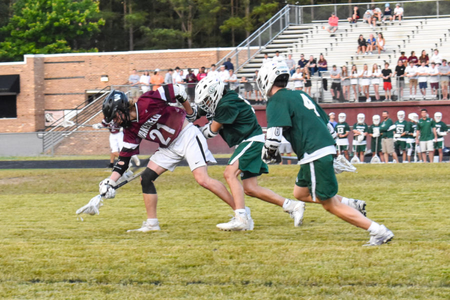 Varsity men's lacrosse team sweeps the conference