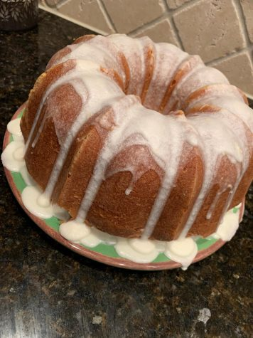 DIY: Lemon- buttermilk pound cake