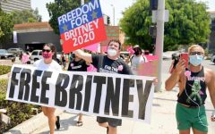 Protestors from the #FreeBritney movement outside a Los Angeles courthouse in August 2020.